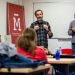 Jon Garaño y José Mari Goenaga visitan el Máster de Guion
