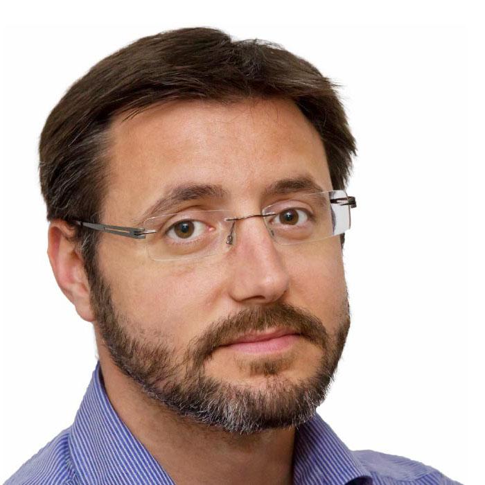 Alberto Nahum García. Profesor Máster guion.
